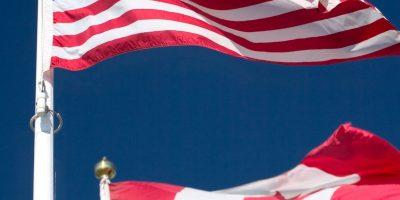 Drapeau du Canada et des États-Unis pour la page International